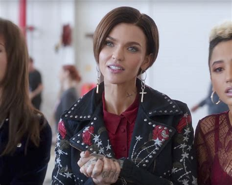 full length movies pitch perfect 3 by ruby rose cross drop earrings ruby rose in pitch perfect 3 2017