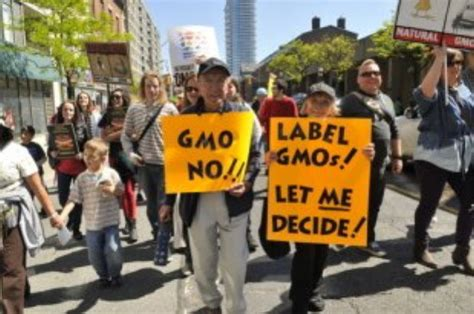 the gmo tipping point health wellness sott net dangerous pro monsanto food labeling on the verge of passing the senate puppet masters