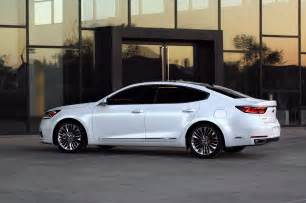 drive 2017 kia cadenza limited automobile magazine