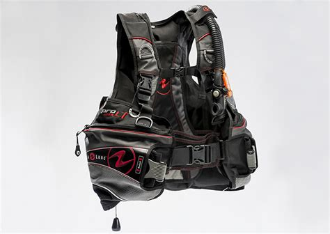 dive bcd scuba gear buoyancy device bcd tips padi