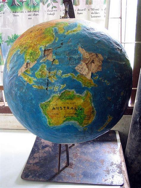 How To Make A Paper Mache Globe - paper mache globe papercutting papermache מגזרות ועיסת