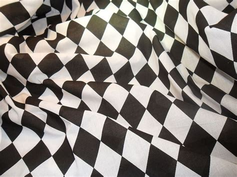 black and white harlequin pattern fabric d 233 tails sur black white harlequin en polycoton tissu