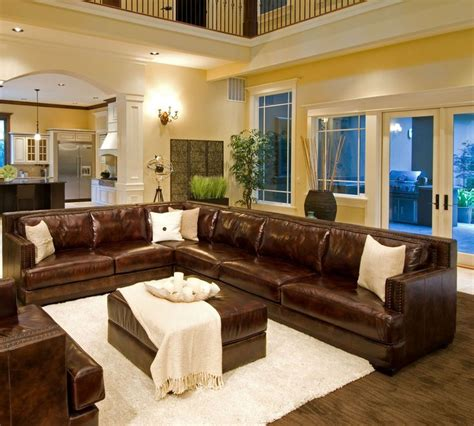Decor Ideas For Living Room With Brown Leather Furniture - best 25 brown leather sectionals ideas on