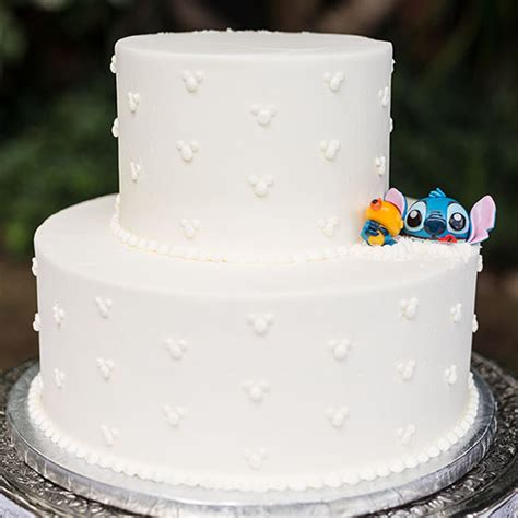 Disney Wedding Cake by Wedding Cake Wednesday Lilo Stitch At Disney Aulani
