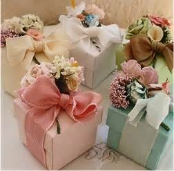 Wrapping Favors by 1000 Images About Ribbon Gift Wrapping On