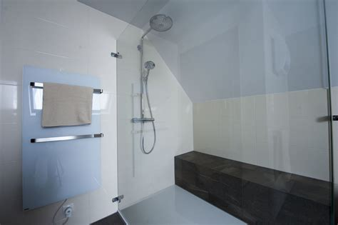 wc mit wasserreinigung bassena badmanufaktur komplettsanierung und die perfekte