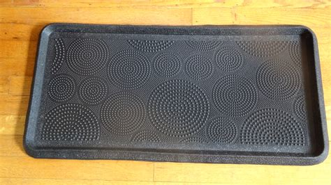 circle dot embossed rubber boot tray 32 x 16 x 1