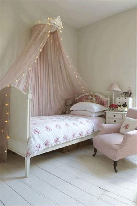 fairy lights girls bedroom 20 cozy and tender kid s rooms with canopies messagenote