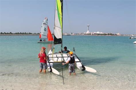 catamaran sailing abu dhabi out sailing on the catamaran photo de hilton abu dhabi