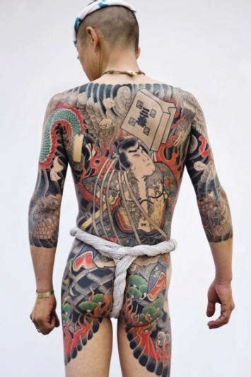 expo tattoo paris quai branly tatoueurs tatou 233 s l exposition 224 fleur de peau du quai