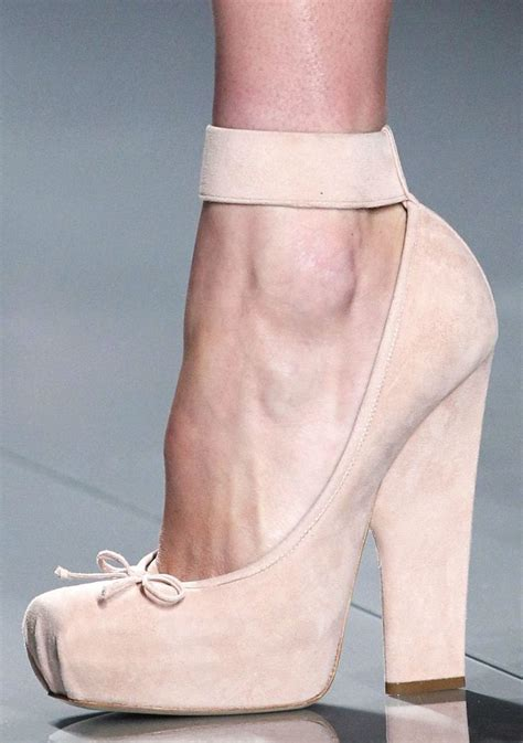 high heel pointe shoes 198 best fashion inspired by ballet images on