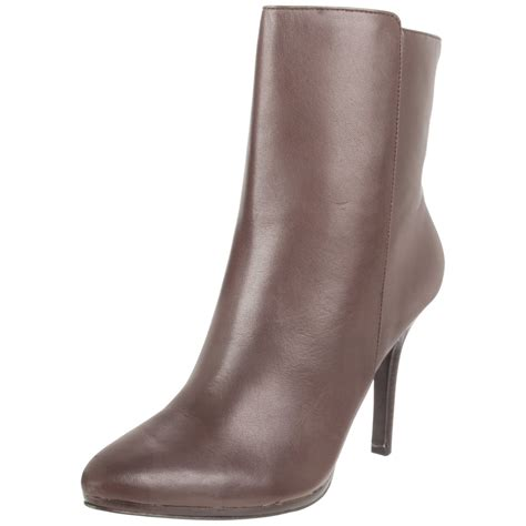 ralph womens shoes by ralph womens larissa boot in brown