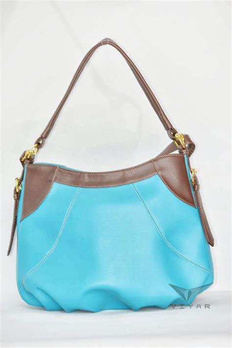 Dompet Fashion Wanita Cewek Panjang Resleting Lv Code 030 tas cangklong selempang dahlia untuk remaja