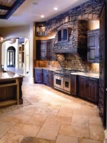 la cuisine en bois massif en beaucoup de photos