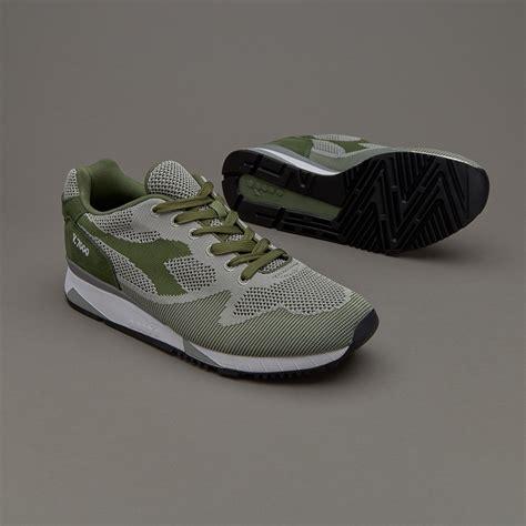 Sepatu Merk Diadora sepatu sneakers diadora v7000 weave green olivina
