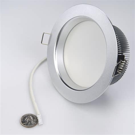 Led Recessed Light Fixture 21 Watt Led Recessed Light Fixture Recessed Led Lighting Led Recessed Lights Puck Lights
