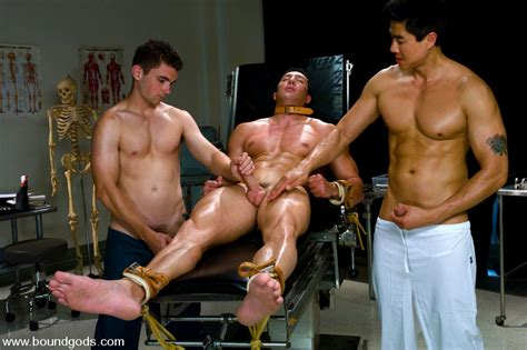 Romario Faria Tj Young And Van Darkholme Gay Bondage And Gay Bdsm Videos And Pictures