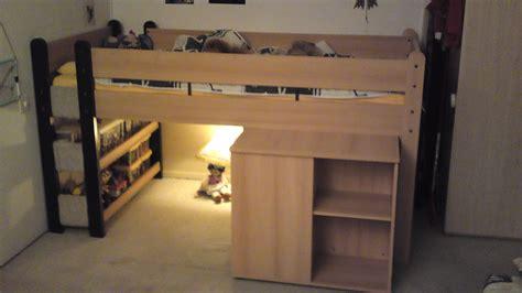 Lit A étage by Lit Enfant Etage Lit Tage Enfant Avec Matelas Sur Lit