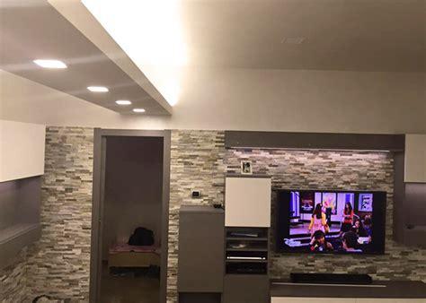 controsoffitti particolari pareti soggiorno particolari idee per il design della casa