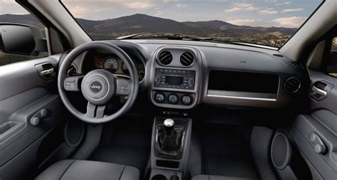 jeep patriot dashboard 2016 jeep patriot overview the news wheel