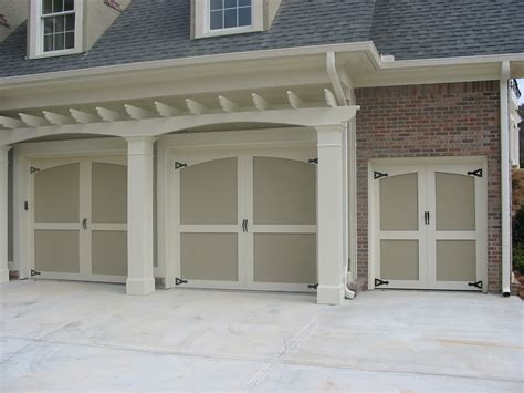 Small Garage Doors 2017 2018 Best Cars Reviews Small Overhead Doors