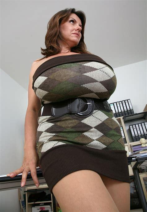 Milena Skirt Grey milena velba milena curvy and