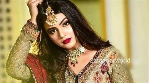 zara noor abbas  hot   latest shoot