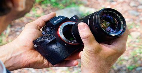 Dan Spesifikasi Kamera Sony A7r Ii kamera mirrorless terbaik dan terbaru di pasaran saat ini