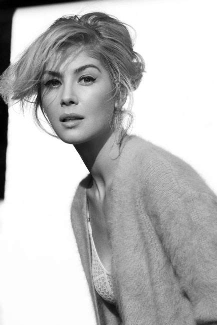lovely rosamund pike 61 best images about portrait of rosamund pike on pinterest