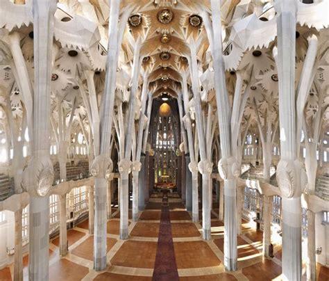 La Sagrada Familia   Barcelona (Gaudi's church)   get