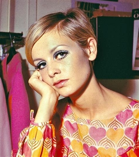 by terry makeup strawberrynet united kingdom 55 best twiggy images on pinterest 1960s fashion style