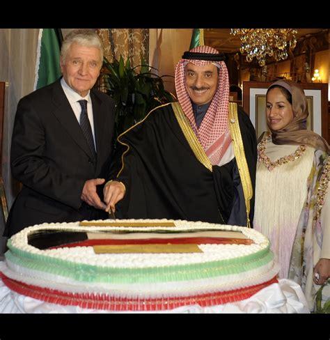 consolato kuwait il consolato kuwait di celebra la festa