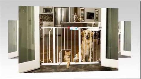Pet Door Reviews by The Carlson Wide Walk Through Gate With Pet Door