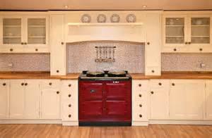 Mosaic tile kitchen backsplash feat solid wood kitchen cabinets