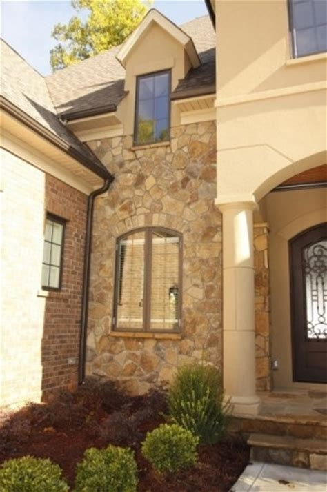 brick stone combinations homes brick stone or stucco pin by jodi pshebelski on ideas for changing things up