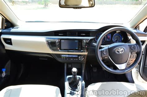 Toyota Corolla Altis 2013 Interior Toyota Altis 2014 Interior Html Autos Weblog
