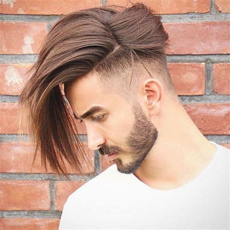Mode Frisyrer by Neue Mode Frisuren M 228 Nner Mittellang Undercut Frisur Ideen