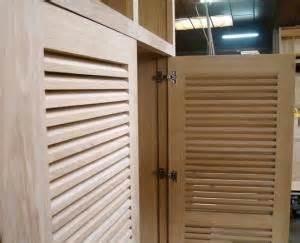armadi con ante a persiana armadi in legno su misura roma