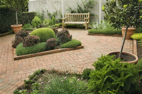 Landscaping Ideas For Small Gardens 35 Wonderful Ideas How To Organize A Pretty Small Garden Space