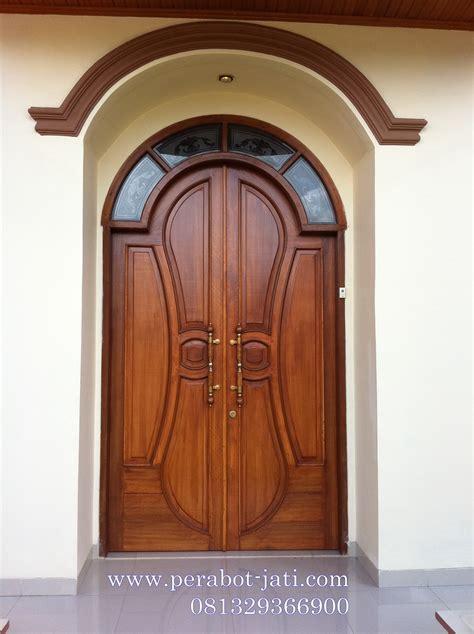Pintu Rumah Kusen Rumah jual kusen dan pintu rumah utama model klasik melengkung
