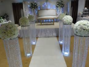 Wedding Arches And Columns For Sale 3 Feet Iridescent Wedding Aisle Decoration Crystal Pillars Pedestals Columns Quince De Valeria