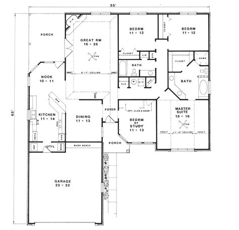 reverse ranch house plans doverpoint ranch home plan 069d 0082 house plans and more