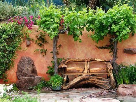 Beau Salon Jardin Bois Pas Cher #2: banc-en-bois-joli-cour-de-jardin-avec-banc-de-jardin-pas-cher-comment-fabriquer-un-banc-de-jardin.jpg