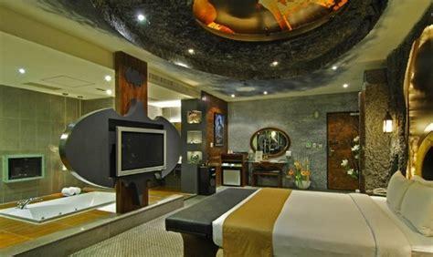 lujo habitaci 179 n con c 243 mo decorar una habitaci 243 n de lujo con el tema de batman