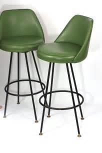 Green Swivel Bar Stools by Best 25 Modern Bar Stools Ideas On
