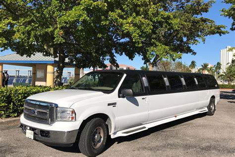 Excursion Limousine by Ford Excursion Limo Rentals Save Up To 20 Buses Limos
