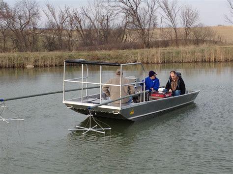 midwest boats economy electrofishing boats midwest lake