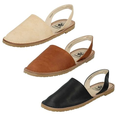 closed toe sandals s 9 best s and s closed toe sandals for 2017