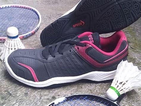 Sepatu Badminton Di Tangerang obral murah sepatu badminton original galeth sepatu