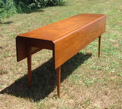 Pine Kitchen Tables For Sale Antique American Pine Harvest Kitchen Table Item 4641 For Sale Antiques Classifieds